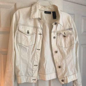 Hot white jean jacket